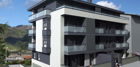 Entregadas 10 viviendas tasadas en Kondeaneko Aldapa de Tolosa